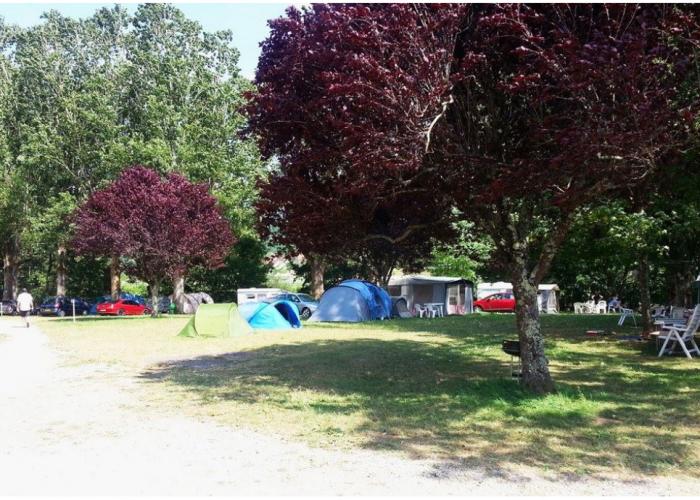 camping avec psicine dans le lot